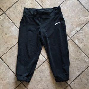 Nike Athletic Capri Sweatpants